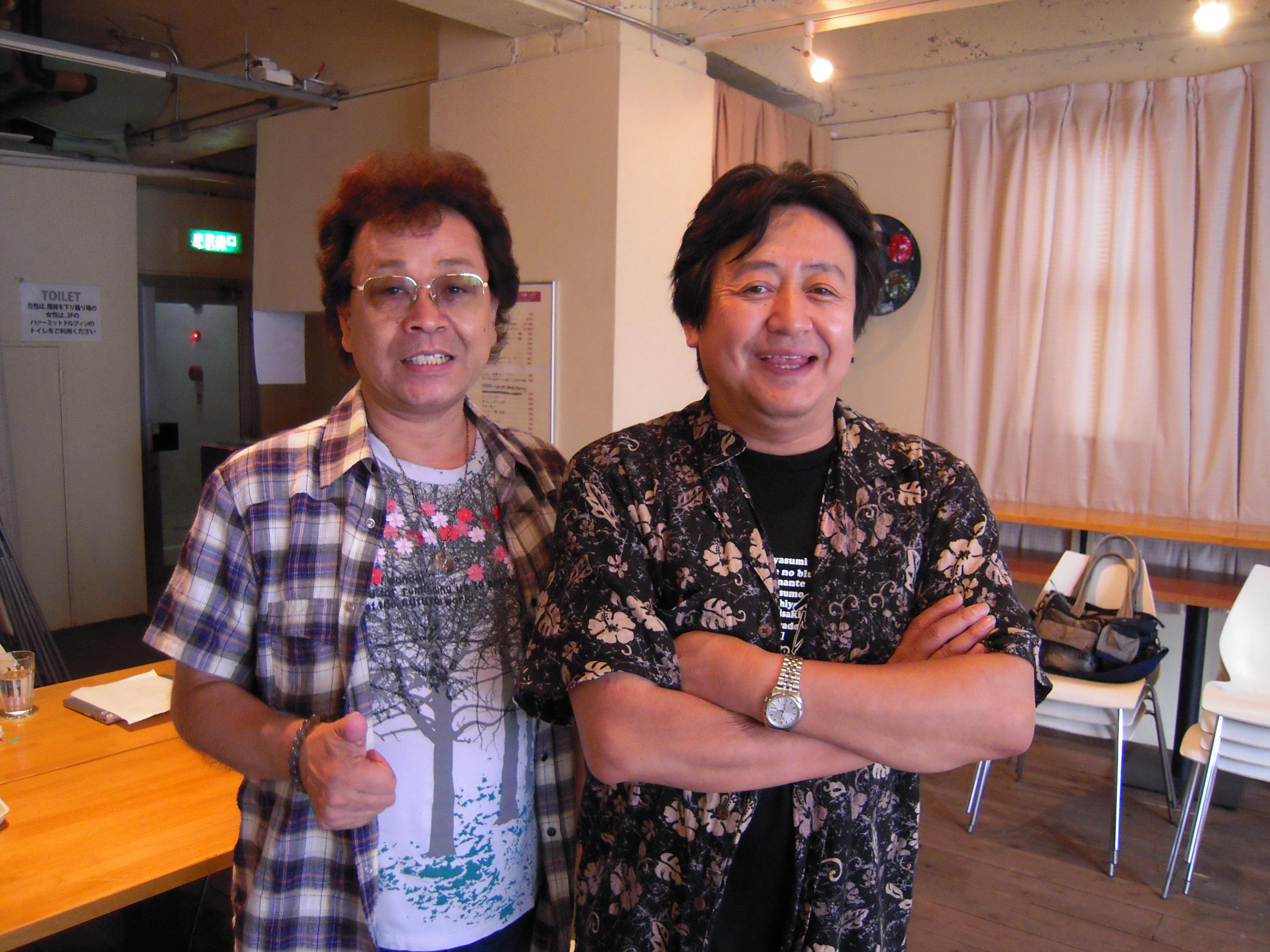 楽屋にテリー中本さんが遊びにいらっしゃいました。本番前のひととき。