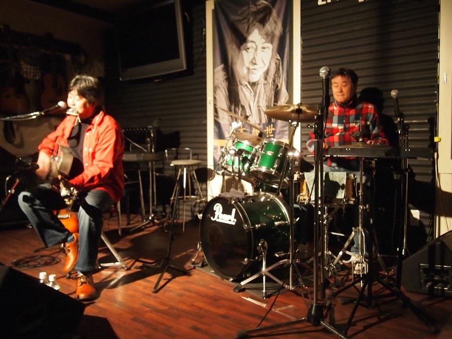 オーナーの森さんがドラムスで参加した「風来坊」