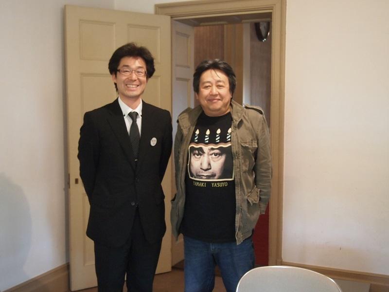 コンサート前に高畠町の広報誌の取材を受けました。